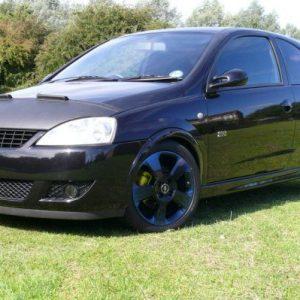 Half Bonnet Bra + Wind Deflectors for Vauxhall Corsa C-2901