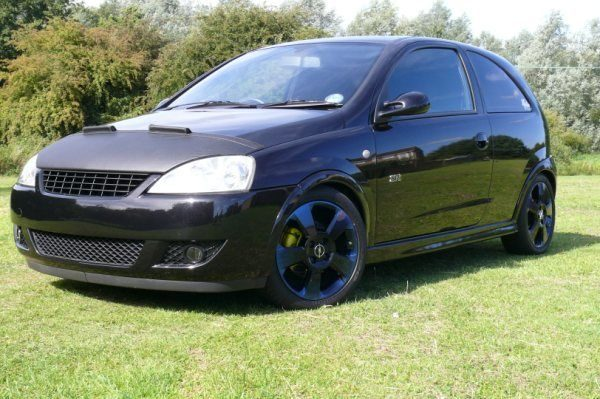 Half Bonnet Bra + Wind Deflectors for Vauxhall Corsa C-2901