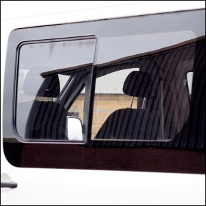 Side Window Sliding Glass for Mercedes Sprinter SWB-6372