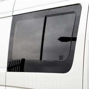 Side Window Sliding Glass for Mercedes Sprinter SWB-19605