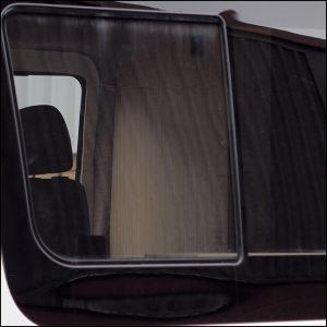Side Window Sliding Glass for Mercedes Sprinter SWB-6371