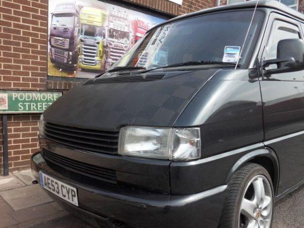 Bonnet Bra / Cover Black Chequered for VW Transporter T4-2959