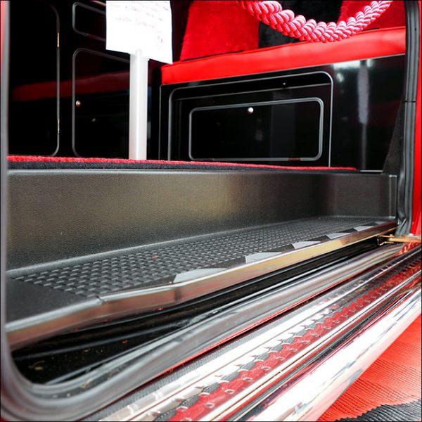 Passenger Side Loading Door Step for VW T4 Transporter EXTRA DEEP 17mm ABS-7028