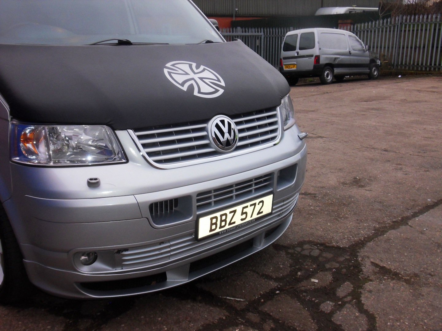 Bonnet Bra / Cover Silver French Cross for VW Transporter T5-1341
