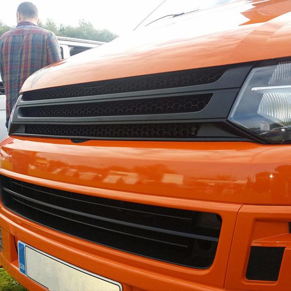 Front Badgeless Grille for VW Volkswagen T5.1 (MATTE)-8540