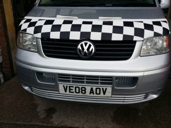 Half Bonnet Bra / Cover White Chequered with Wind Deflectors for VW Transporter T5-2494