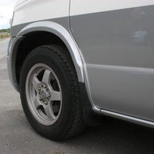 Wheel Arch Trims for Mazda Bongo / Ford Freda -19870