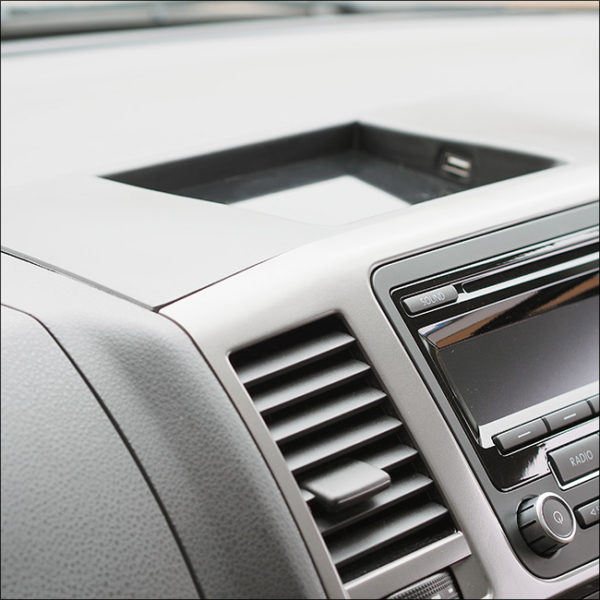 USB Dash Tray for T5.1 Transporter-7014
