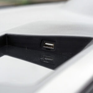 USB Dash Tray for T5 Transporter-0