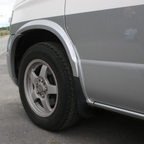 Front Wheel Arch Trims For Mazda Bongo / Ford Freda-7310