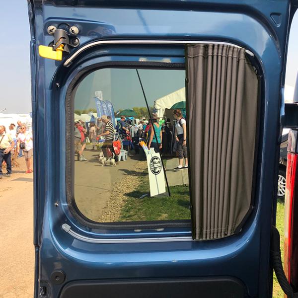 Curtains for Vauxhall Vivaro Premium-Line Create Your Own Bundle-20287