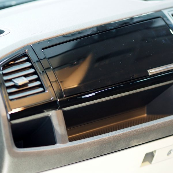 Comfort Dash Conversion VW T6 Transporter Glove box + Air Vents-20908