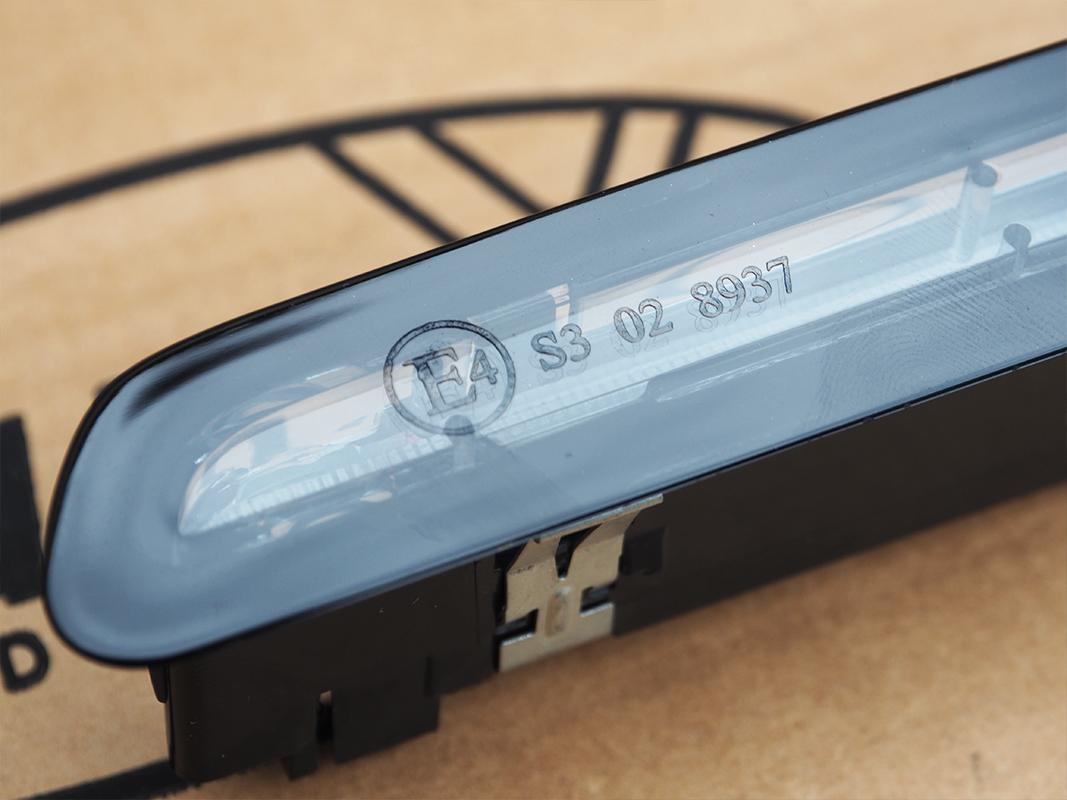 3rd Brake Light Unit Lightbar For VW T6 Transporter Tailgate